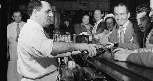 Il rapporto conflittuale tra l 'intellettuale ed il Bar Sport