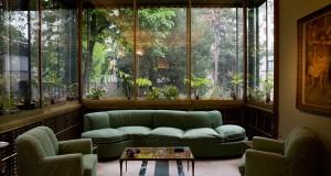 La Villa di Piero Portaluppi. Dalla famiglia Necchi a Fabrica passando per Tilda Swinton, quasi un secolo di ospiti – di Camilla Bonuglia