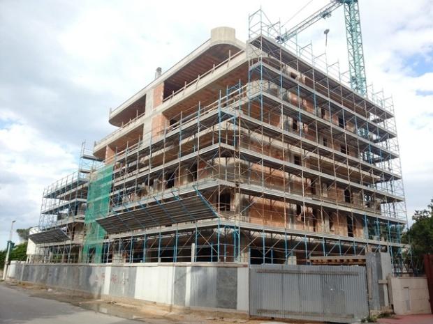 La costruzione del palazzone di christian de iuliis press tletter - Agevolazioni costruzione prima casa 2017 ...